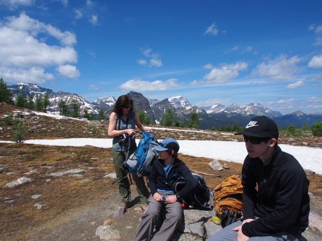 An almost family photo at the summit of Healy Pass