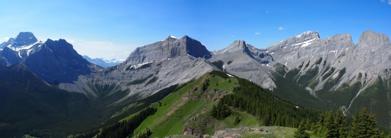 The Rim and the Three Sisters