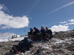 GeoKs enjoying lunch at viewpoint overlooking Peyto Lake
