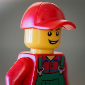 Lego-ball-cap-curved-brim