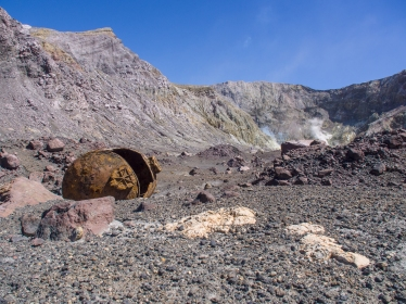 White-Island-Sulphur-Mining