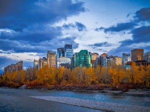 Downtown-Calgary-fall-colour