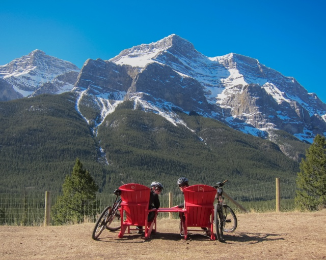 Share-the-Chairs-Valleyview