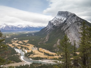 Tunnel-Mountain-Banff