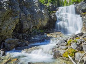 Sherbrooke-Creek-Waterfall