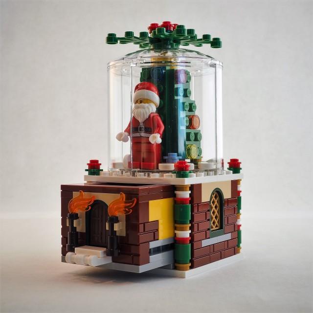 Lego-snow-globe-40223