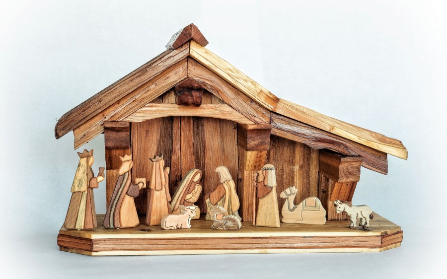 Wooden-creche