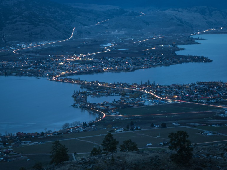 osoyoos-night