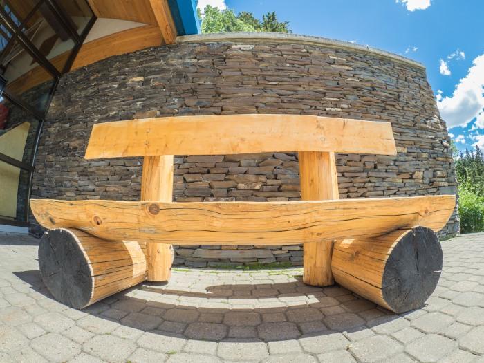fisheye-bench