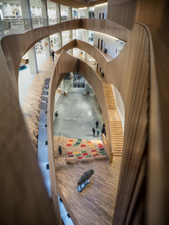 calgary-central-library-interior