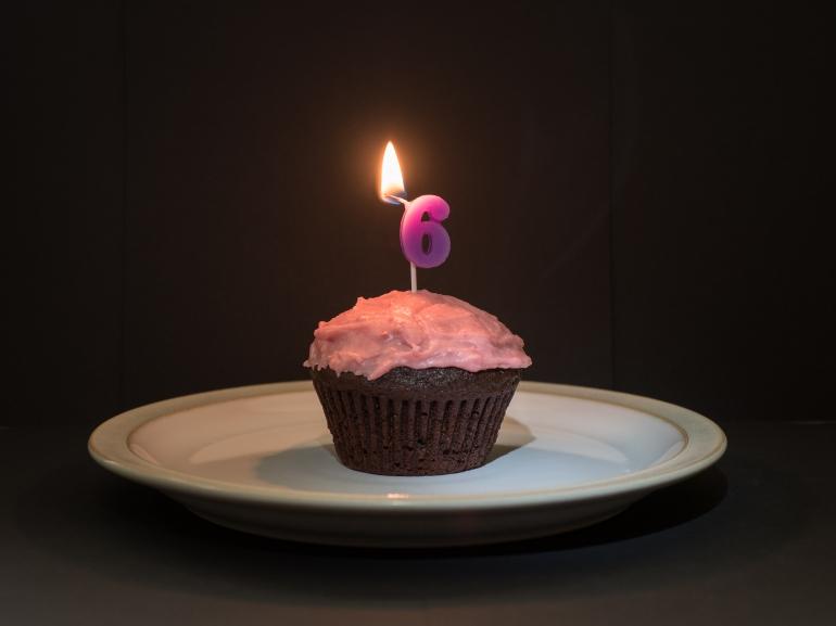 cupcake-candle-six