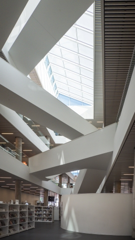 halifax-central-library-shelves-and-staircases