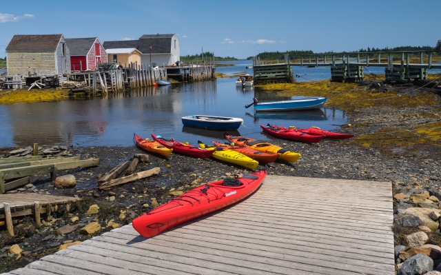 kayaks-for-rent-blue-rocks-nova-scotia