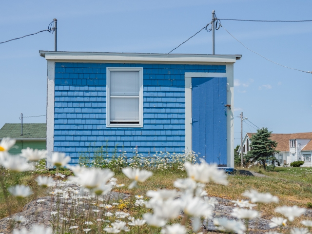 tiny-home-blue-rocks-nova-scotia
