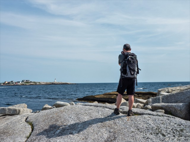 photographing-peggy's-point-lighthouse