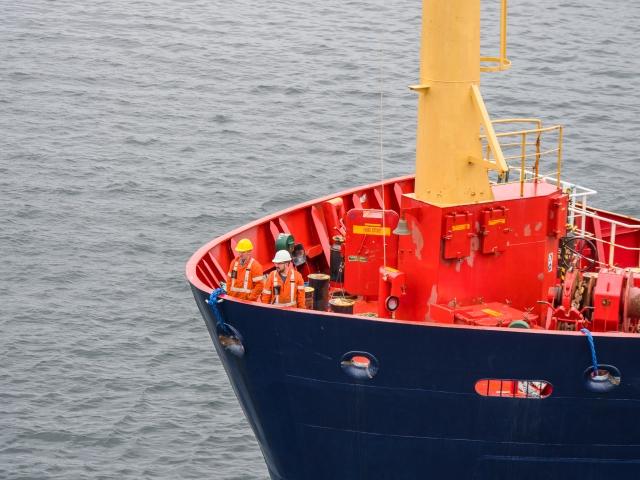 crew-aboard-north-atlantic-kairos