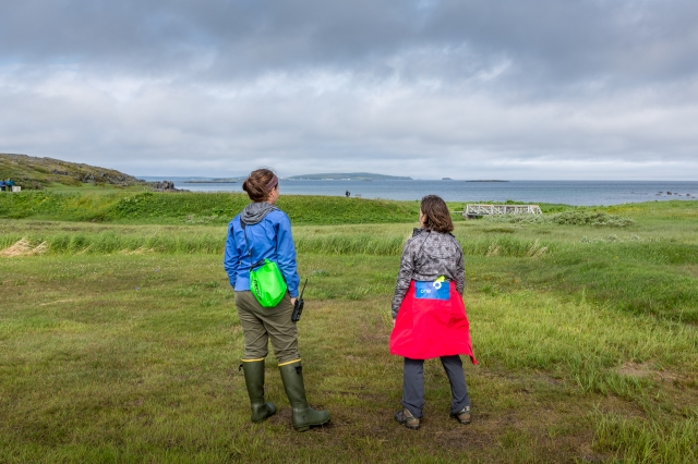two-people-at-l'anse-aux-meadows