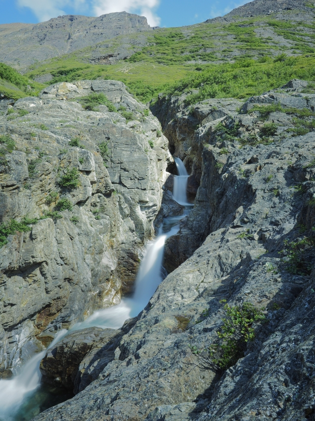 waterfall-saglek-fjord